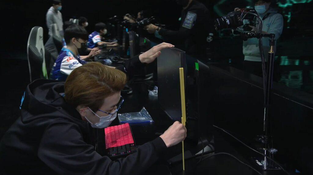 League of Legends, Detonation FocusMe, Evi, Ruler, MSI 2021, tape measures in esports