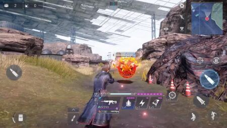 Screenshot of Enemy Bomb in FFVII: The First Soldier Trailer